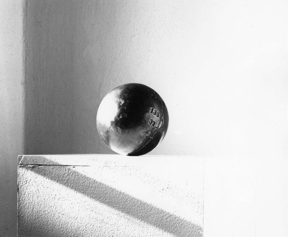 Masskugel, 1983, Eisenblech, Ø 12 cm
