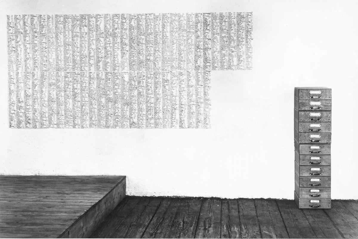 Patent Real, 1992, Karteikasten, Bleistift auf Papier, ca. 250 x 400 cm - Galerie Josephski-Neukum, Issing